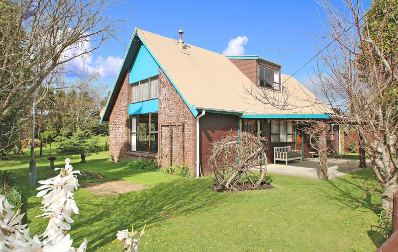 Relaxed Semi Rural Living 26 Wenlock Street Waihi